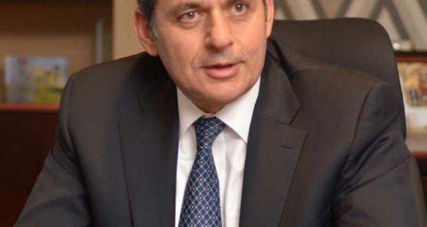 هشام عكاشة